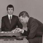 Игорь Гришин и Михаил Емельянов работают над Русским Учителем Японского Го